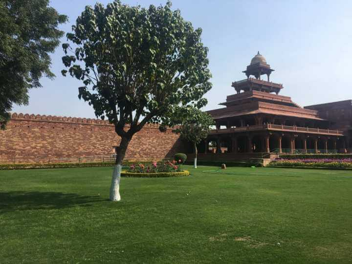 My experience and the Fatehpur Sikri history